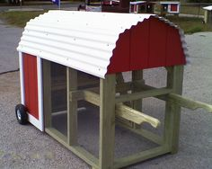 Movable Chicken Coops | Funky Chicken Coop Tour - Austin, Texas - March 30, 2013: 2011 Coop ...