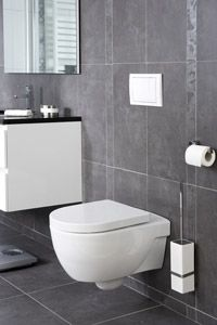 Hangend toilet - love the black, white and grey color!