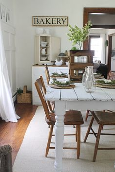 65 Gorgeous Farmhouse Dining Room Table and Decorating Ideas - Homemainly Farmhouse Dining Room Table, Dining Table, Diy Table, Rustic Table, Dining Rooms, Shabby Chic Homes, Decoration Table, Dining Room Design, Sweet Home