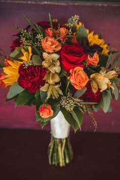 New flowers wedding bouquet red yellow ideas Prom Bouquet, Bridal Bouquet Fall, Fall Bouquets, Fall Wedding Bouquets, Fall Wedding Flowers, Bride Bouquets, Fall Flowers, Flower Bouquet Wedding, Wedding Colors
