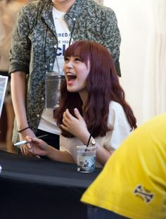 Kara YoungJi with her soundless laughter..hihi