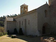 El escritor Martí Gironell nos descubre la apasionante historia de un monasterio medieval donde se recluyó para escribir su última obra: Sant Benet de Bages (Barcelona)