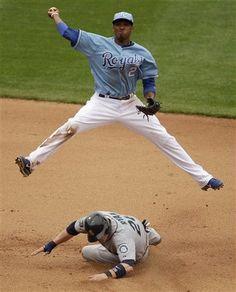 Go ESCOBAR. Lets see these moves during the World Series! Kc Royals Baseball, Pro Baseball, Kansas City Royals, Eric Hosmer, Fantasy Baseball, Sports Baby, World Series, Royal Blue, Sports