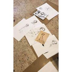 7.16 Atölye çalışıyor.. 💪 Eğitimlerimiz hakkında detaylı bilgi için👉 yedionalti@hotmail.com / 0533 413 0728 #yedionalti #yedionaltıatölye #gsf #gsfhazırlık #güzelsanatlarahazırlık #kadıköy #atölye #atölyeler #karakalem #çizim #yeldeğirmeni #çizimkursu