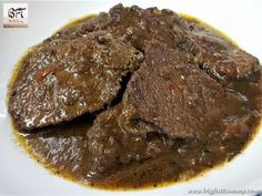 The Goan Roast Beef, when cooked this way is tastier and juicy. You can use this to make tasty sandwiches or serve as a starter or appetiser. Indian Beef Recipes, Beef Steak Recipes, Chicken Leg Recipes, Goan Recipes, Veg Recipes, Cooking Recipes, Recipies, Beef Croquettes Recipe, Gosht Recipe