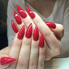 Happy thanksgiving everyone!  You can never go wrong with red nails
