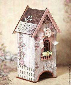 Tea decoupage little house Decoupage Box, Decoupage Vintage, Shabby Vintage, Diy Craft Projects, Diy And Crafts, Diy Tea Bags, Little White House, Bird Houses Painted, Creative Box
