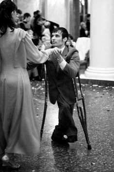 love to see those with a physical disability getting out there and dancing!