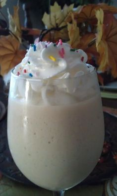 Birthday Cake Shake   8 oz. Almond milk, 2 scoops Vi-Shape shake mix, 1 chocolate flavor packet, ½ tsp. butter flavoring (or butter buds), ½ tsp. vanilla extract & 6 ice cubes. Blend well in blender.