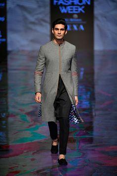 Sherwani For Men Wedding, Wedding Dresses Men Indian, Wedding Dress Men, High Fashion Men, Indian Men Fashion, Mens Fashion, India Fashion Week, Lakme Fashion Week, Mens Traditional Wear