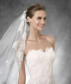 TASIEL - Vestido de novia estilo sirena con escote corazón | Pronovias