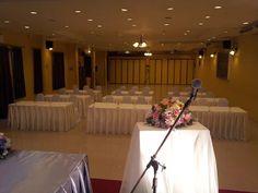 ห้องประชุมสัมนา ห้องจัดเลี้ยง ห้องเทนนิ่ง ให้เช่า พื้นที่โอ่โถง ติดเครื่องปรับอากาศ พร้อมอุปกรณ์ส่งเสริมกิจกรรมอย่างครบครัน มีที่จอดรถ รับรองผู้เข้าร่วมประชุม ตั้งแต่ 50-100 ท่าน  เราสามารถจัดห้องได้หลากหลายรูปแบบ ตามกิจกรรมของท่าน มีบริการ Coffee Break อาหารบุฟเฟ่ต์ สำหรับผู้เข้าร่วมกิจกรรม  ติดต่อสอบถามได้ที่.. Tel : 081-623-7685