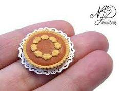 Miniatures, pumpkin pie