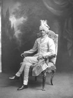 H.H. Maharaja Shri Sir Jitendra Narayan Bhup Bahadur, Maharaja of Cooch-Behar, KCSI (1.1.1917). b. in London, 20th December 1886 copyright V&A