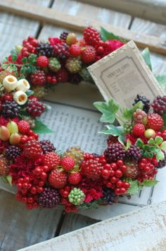 Summer Flower Arrangements, Flower Vases, Flower Art, Floral Arrangements, Christmas Wreaths, Christmas Decorations, Xmas, Holiday Decor, Silk Flowers
