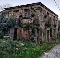HELDER BARROS Sistema Solar, All That Remains, Abandoned Houses, Ghost Towns, Creepy, Around The Worlds, Post Apocalyptic, Mansions, Places