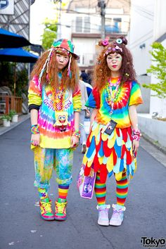 """Akari and Rei, both 16 years old – from Tokyo's """"hadeko"""" subculture on the street in Harajuku"""