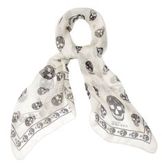 Reminiscent of Taeyang's trademark white bandanna.