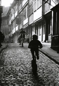 Erfurt, 1960 by Willy Ronis