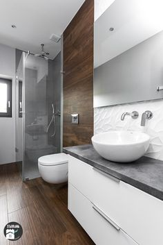Bathroom of stabrawa.pl Find Scandinavian Bathroom Designs by stabrawa.pl, Discover the most beautiful pictures for inspiration for the design of your dream home. Bathroom Layout, Modern Bathroom Design, Bathroom Interior Design, Modern Interior Design, Bathroom Designs, Bathroom Ideas, Narrow Bathroom, White Bathroom, Master Bathroom