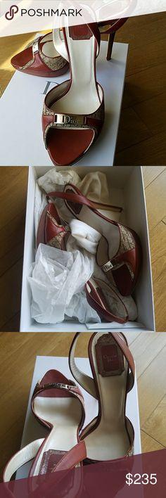 💯 AUTHENTIC CHRISTIAN DIOR Sandals AUTHENTIC CHRISTIAN DIOR Marron Moyen Diorissimo platform Sandal.  Worn once bought at Saks.  SIZE 39.5.   Excellent condition Dior Shoes Platforms