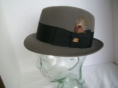 992ca11c714 Vintage 1970 s Stetson Sovereign Charcoal Felt Fedora With Feather And Wide  Grosgrain Band. Orignal Box. Mens Size 6 7 8