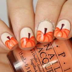 40 Gorgeous Fall Nail Art Ideas To Try This Fall - EcstasyCoffee Are you looking for fall nail designs 2018 that are excellent for fall? See our collection full of fall nail designs acrylic nails. Seasonal Nails, Holiday Nails, Christmas Nails, Fancy Nails, Diy Nails, Trendy Nails, Essie, Nail Art Halloween, Easy Halloween