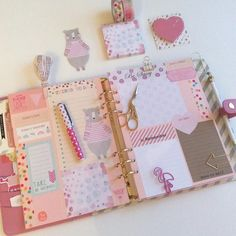 Stickys in my Kikkik Pink Neue Seiten für Termine & Dats #pink #pinkflamingo…