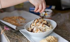 Delicious Samoa Cookie Dip Ingredients 8 ounces cream cheese 4 tablespoons butter 2 cups confectioners' sugar 1 sleeve cookies (we used Salerno Butter Cook Holiday Desserts, Just Desserts, Delicious Desserts, Yummy Food, Dip Recipes, Snack Recipes, Dessert Recipes, Snacks, Best Appetizers