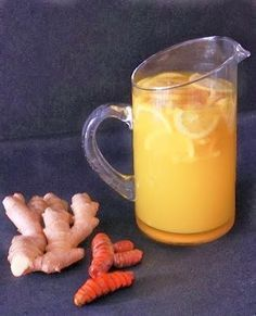 Lemon Ginger Turmeric Detox Tea it has so many skin changing benefits. Moles, brown spots reduced by drinking ginger water infusion. Smoothie Drinks, Detox Drinks, Healthy Drinks, Get Healthy, Healthy Life, Healthy Eating, Healthy Recipes, Healthy Detox, Turmeric Detox