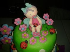 Niña mariposa para tope de una torta