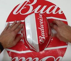 Fashion of Hats! Beer Box Crafts, Beer Box Hat, Redneck Party, Redneck Gifts, Trailer Trash Party, Artisan Beer, White Trash Party, Hat Tutorial, How To Make Box