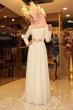 Modamiz.com   Tesettür Giyim   Çanta   Eşarp   Ayakkabı. Pınar Şems Çiçekli Esra Abiye - Beyaz