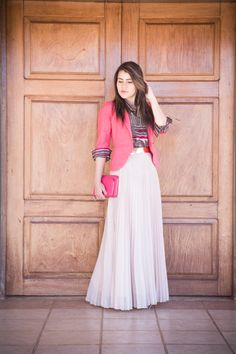Modern Hijab Fashion, Modern Outfits, Modest Fashion, Skirt Fashion, Fashion Dresses, Classy Going Out Outfits, Conservative Outfits, Maxi Outfits, Long Skirts For Women