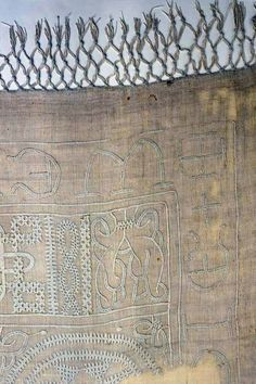 13th century linen tablecloth