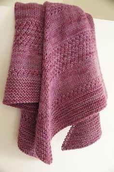 Free Pattern: Textured shawl by orlane