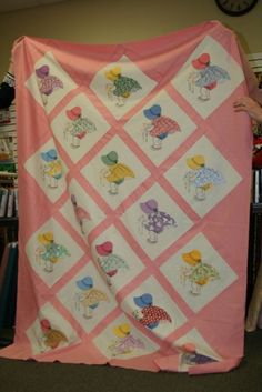 my great grandmother made a quilt like this.