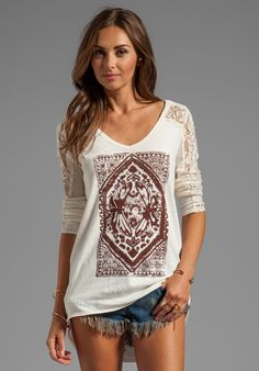 Lady in Lace Graphic Top in Ivory - Lyst