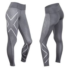 PTN Mid-Rise Compression Tights kjøpes hos X-life. Modern Fashion, Trendy Fashion, Women's Fashion, Ashy Balayage, Running Wear, Warm Blonde, Hairstyle Look, Compression Shorts, Fitness Fashion