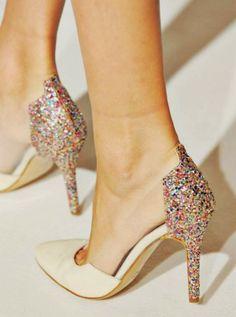 shoes glitter heels valentino Prada Peep toe Too cute shoes Pretty Shoes, Beautiful Shoes, Cute Shoes, Me Too Shoes, Awesome Shoes, High Heels Boots, Shoe Boots, Shoes Heels, Sexy Heels