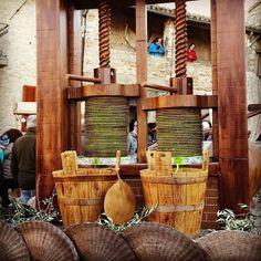 Festa della Frasca  #kialacamper #kialaontheroad #rvtrip #rvtravel #tradition #traditional #folklore #igersumbria #gianonellumbria