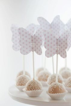 whiteroses-in-spring:  (via Apple Pie and Shabby Style: Baby shower, baby party…)