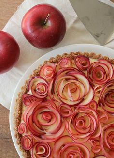 Apple Walnut Tart with Maple Custard #desserts #dessertrecipes #food #sweet #delicious #yummy