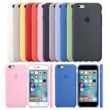 Un choix multiple de coques Apple sous différentes couleurs