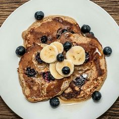 American pancake with banana, brown sugar and blueberrys