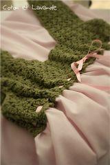 Coton et Lavande: Quilt dresden plate terminado! Crochet Baby, Knit Crochet, Simple Rangoli Designs Images, Baby Poncho, Star Quilt Blocks, Striped Bags, Crochet Collar, Fabric Art, Tutorial