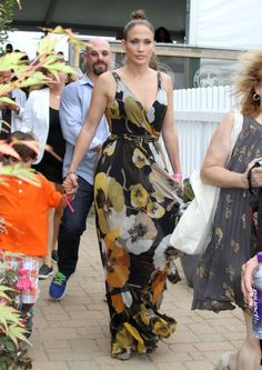 5. Jennifer Lopez At The 39th Annual Hampton Classic Horse Show | The Most Fab And Drab Celebrity Outfits Of The Week