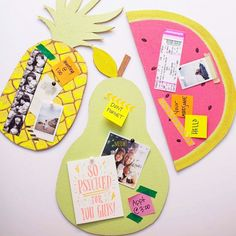 The simplest back to school DIY. Perfect for the office, dorm or well... anywhere :)