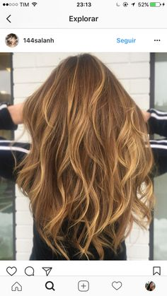 Golden sunkissed hair Golden sunkissed hair The post Golden sunkissed hair appeared first on Haar. Brown Blonde Hair, Platinum Blonde Hair, Blonde Honey, Bronze Hair, Honey Hair, Light Hair, Hair Day, Balayage Hair, Hair Looks