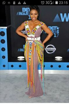 The best of BET red-carpet Xhosa Attire, African Attire, African Print Fashion, Fashion Prints, Fashion Design, Bet Awards, African Culture, Hippie Boho, Trendy Outfits